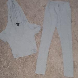 Fashion nova set, matching size small gray set